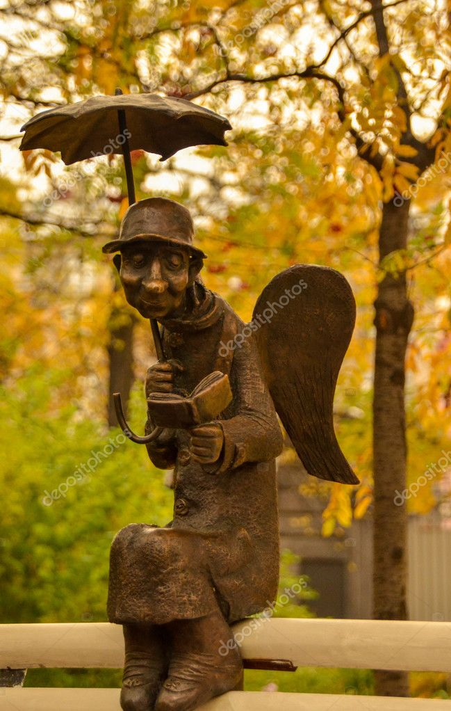 depositphotos 73211067 stock photo urban sculpture old angel